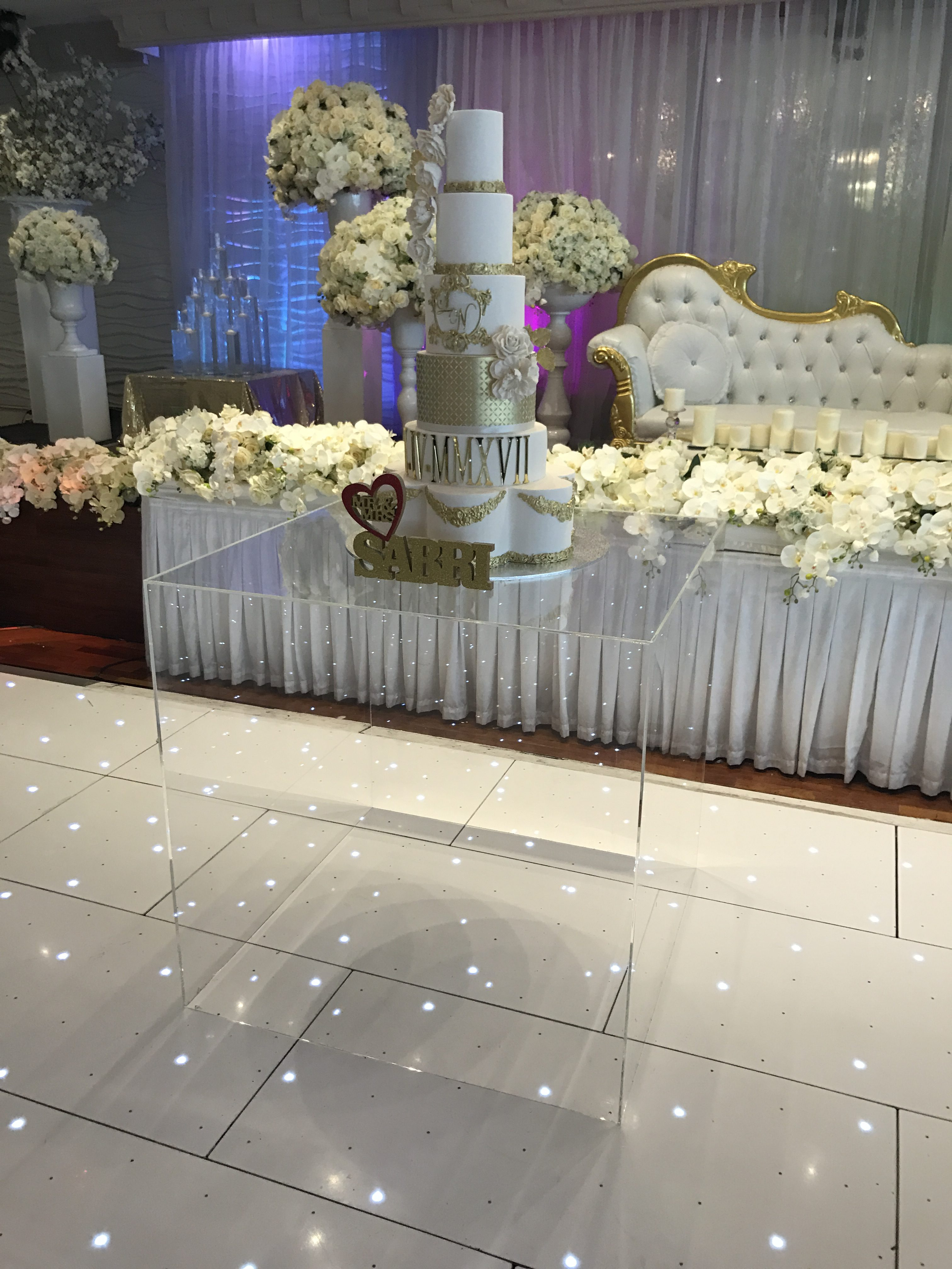 Acrylic Cube Cake Stand Npm Events